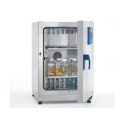 Incubadora Refrigerada Heratherm, 178 L, 5 a 70 C, 240V