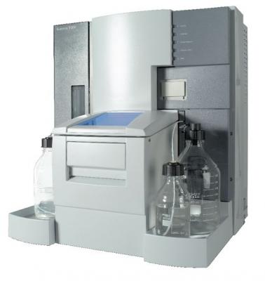 Biacore T200, incluye unidad de procesamiento, software de control y evaluación y sistema operativo Windows