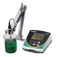 PHímetro de mesada Oakton, modelo pH 700, con electrodo de pH