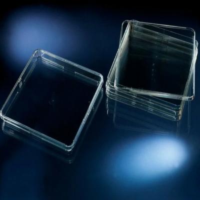 Placa para Bioensayos Nunc, con ventilación, borde para apilado, 245 x 245 x 20mm - 4 unidades
