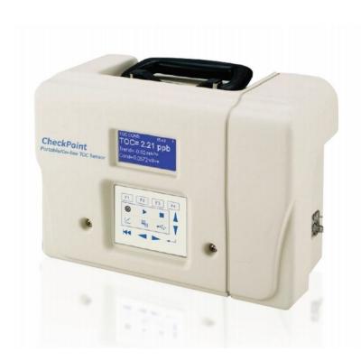 Sensor de Carbono Orgánico Total Suez, modelo CheckPoint Pharma, con kit para muestreo